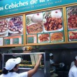 Fast food restaurants follow a single queue